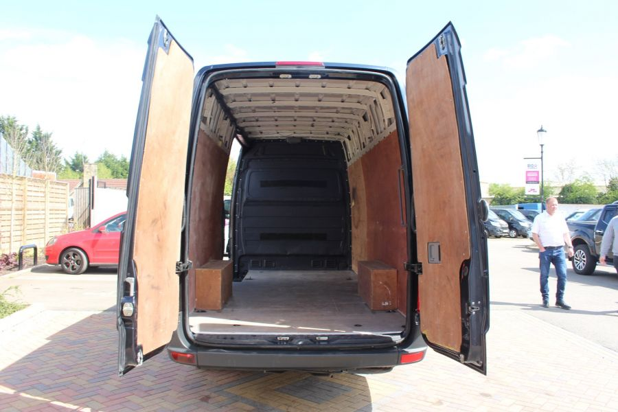 VOLKSWAGEN CRAFTER CR35 TDI 136 LWB HIGH ROOF - 7197 - 21