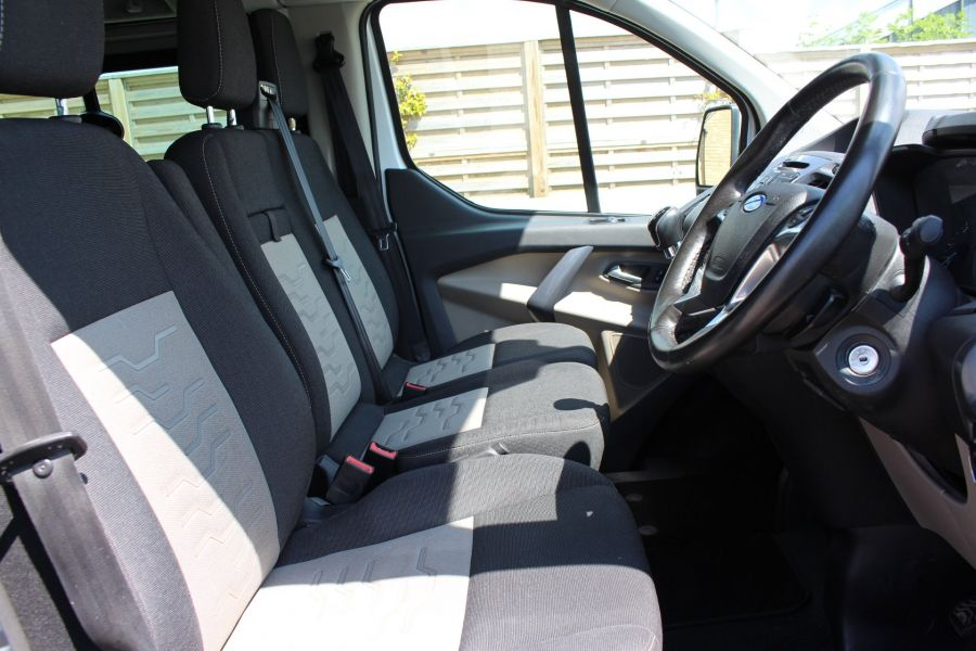 FORD TRANSIT CUSTOM 290 TDCI 125 L1 H1 LIMITED SWB DOUBLE CAB 6 SEAT CREW VAN FWD - 9206 - 13