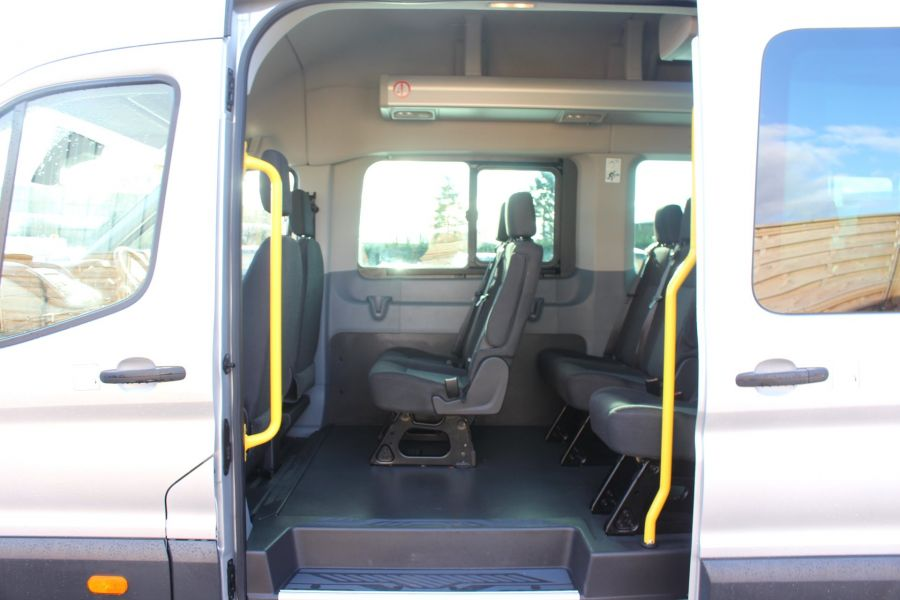 FORD TRANSIT 460 TDCI 155 TREND L4 H3 HIGH ROOF 17 SEAT BUS - 8517 - 20