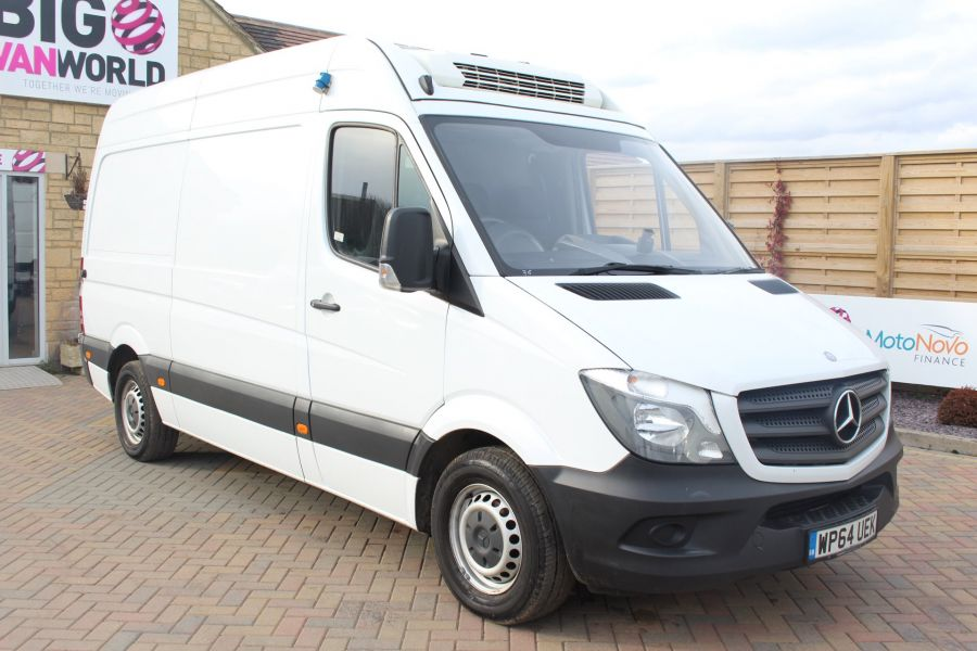 MERCEDES SPRINTER 313 CDI MWB HIGH ROOF FRIDGE / FREEZER VAN WITH OVERNIGHT - 7254 - 3