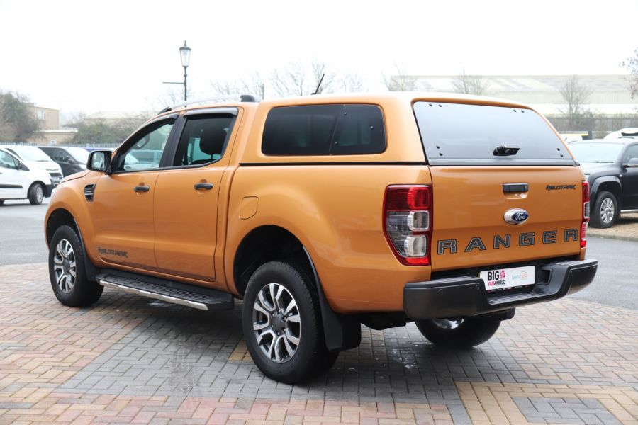 FORD RANGER WILDTRAK 2.0 ECOBLUE 213 4X4 DOUBLE CAB WITH TRUCKMAN TOP - 11613 - 10