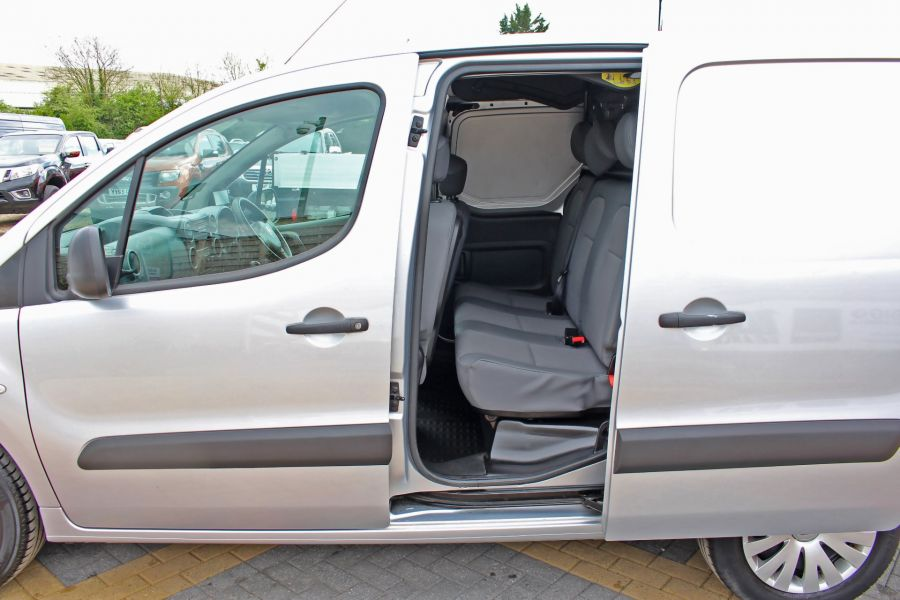 CITROEN BERLINGO 725 HDI 90 X L2 H1 5 SEAT CREW VAN SWB LOW ROOF - 9173 - 20