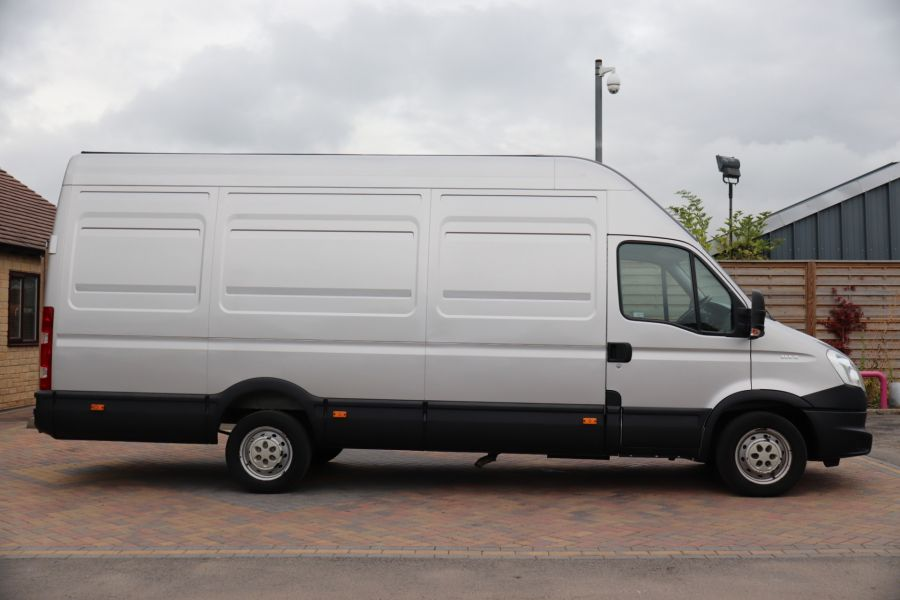 IVECO DAILY 35S15V 3950WB LWB HIGH ROOF - 9713 - 4