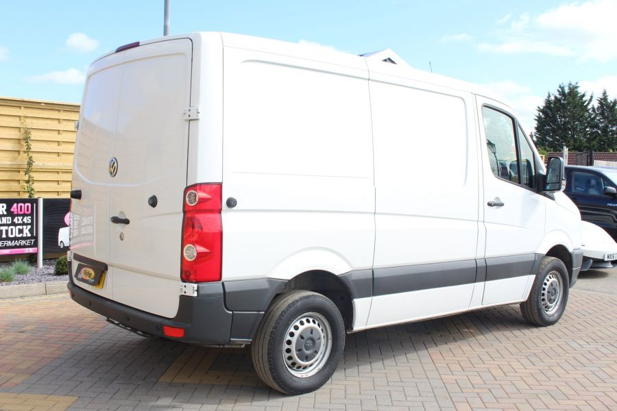 VOLKSWAGEN CRAFTER CR30 TDI 109 BHP SWB LOW ROOF - 6069 - 3