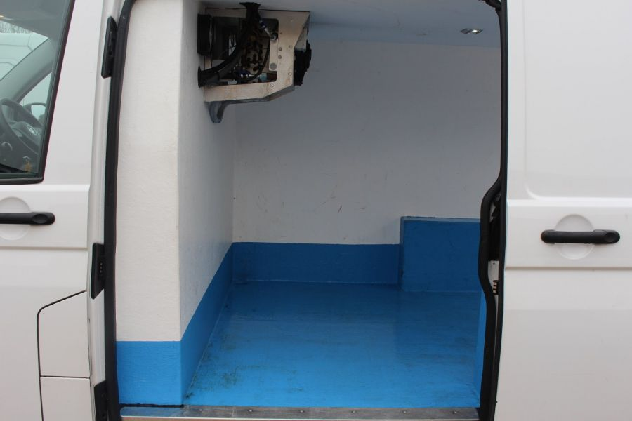 VOLKSWAGEN TRANSPORTER T26 TDI 84 STARTLINE SWB LOW ROOF FRIDGE VAN - 7334 - 18