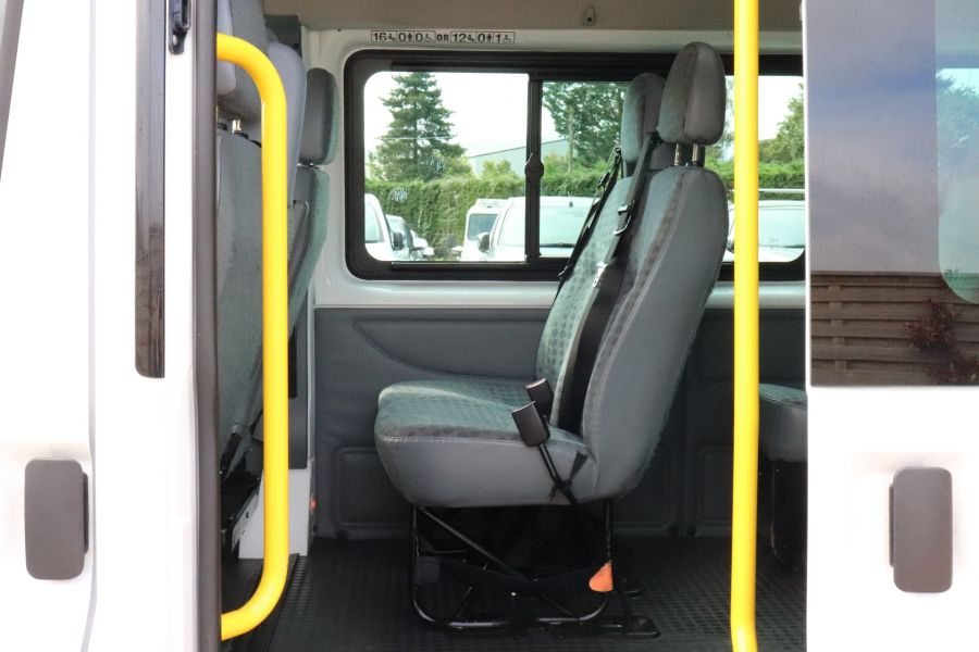 FORD TRANSIT 430 TDCI 135 EL LWB 17 SEAT BUS WITH WHEELCHAIR ACCESS HIGH ROOF DRW RWD - 9665 - 31