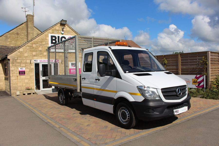 MERCEDES SPRINTER 314 CDI 140 DOUBLE CAB 6 SEAT CAGED ALLOY TIPPER - 9302 - 3