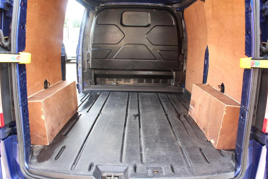 FORD TRANSIT CUSTOM 290 TDCI 125 L1 H1 LIMITED SWB LOW ROOF FWD - 9056 - 21