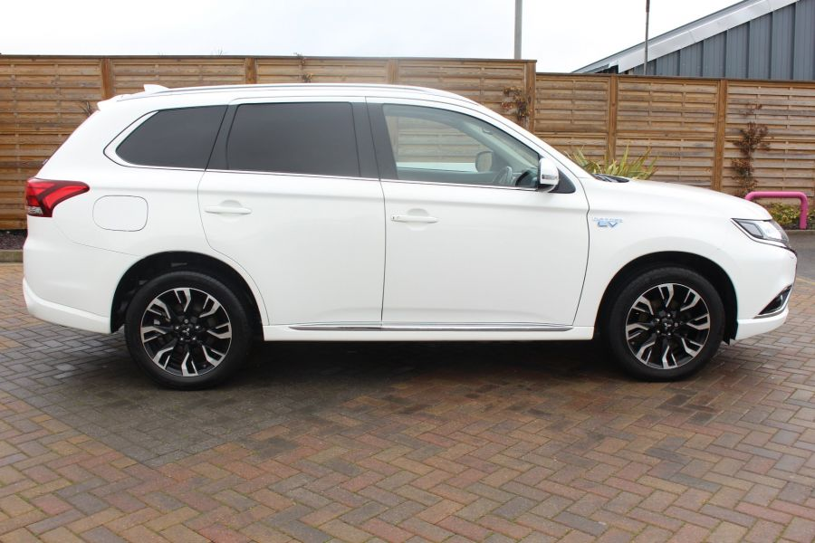 MITSUBISHI OUTLANDER PHEV GX3H 4WORK COMMERCIAL - 9102 - 4