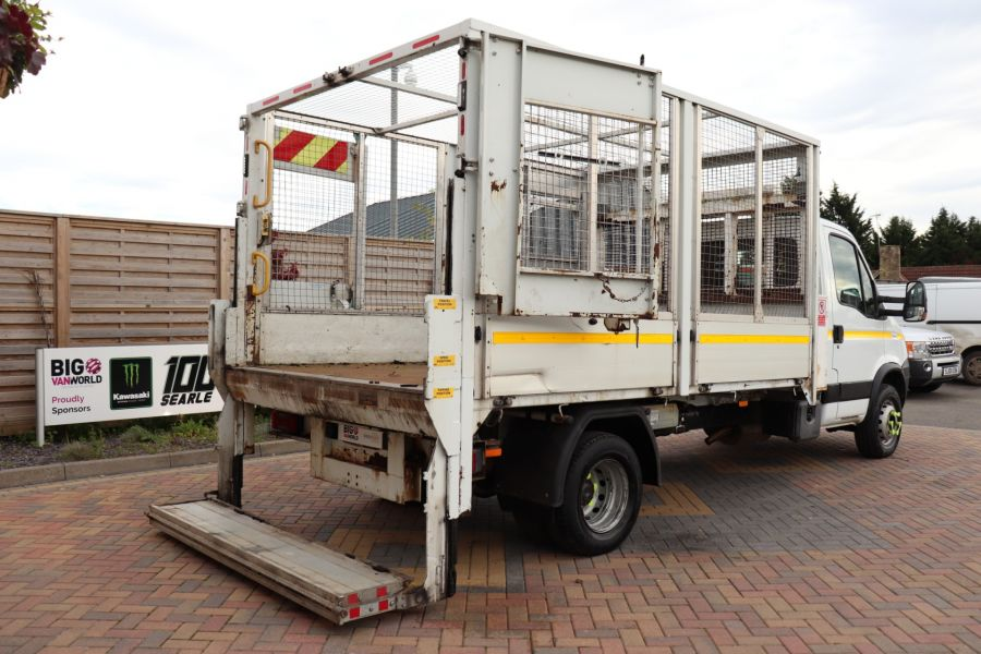 IVECO DAILY 70C18 3450 WB SINGLE CAB ALLOY CAGED TIPPER WITH TAIL LIFT - 9614 - 42