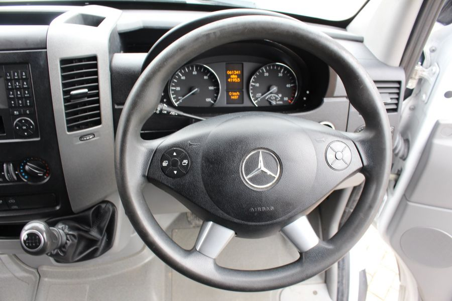 MERCEDES SPRINTER 313 CDI MWB HIGH ROOF - 7486 - 14