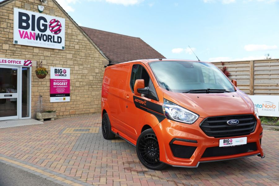 FORD TRANSIT CUSTOM 280 TDCI 130 L1H1 MOTION R LIMITED - 10195 - 1