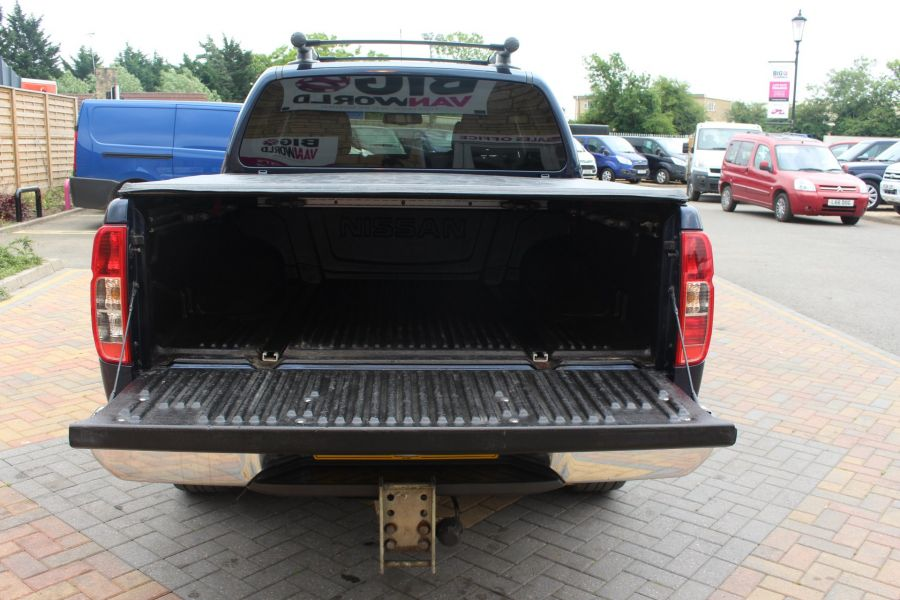 NISSAN NAVARA OUTLAW DCI 231 4X4 DOUBLE CAB WITH TONNEAU COVER - 7877 - 25