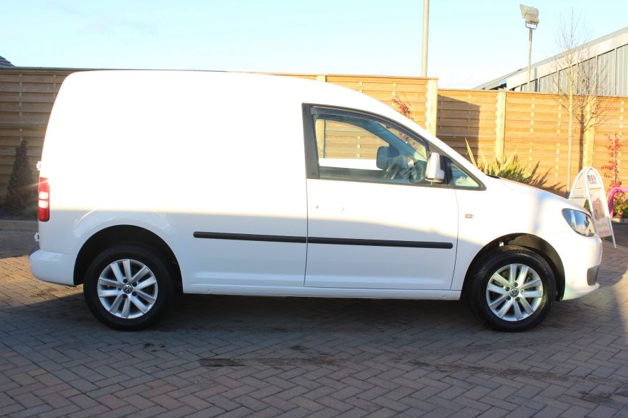 VOLKSWAGEN CADDY C20 TDI 102 HIGHLINE BLUEMOTION TECH - 7176 - 4