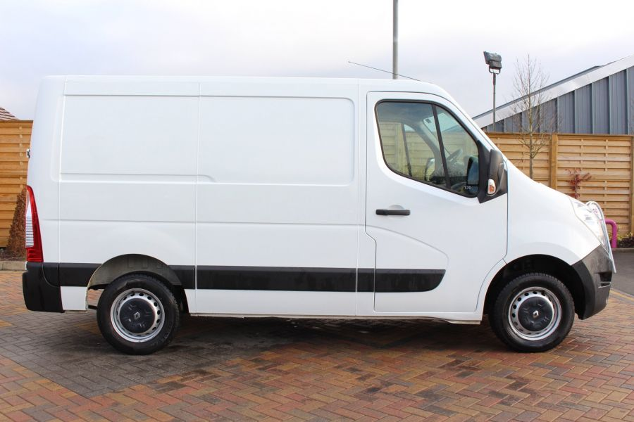 RENAULT MASTER SL33 DCI 100 SWB LOW ROOF FWD - 7248 - 4