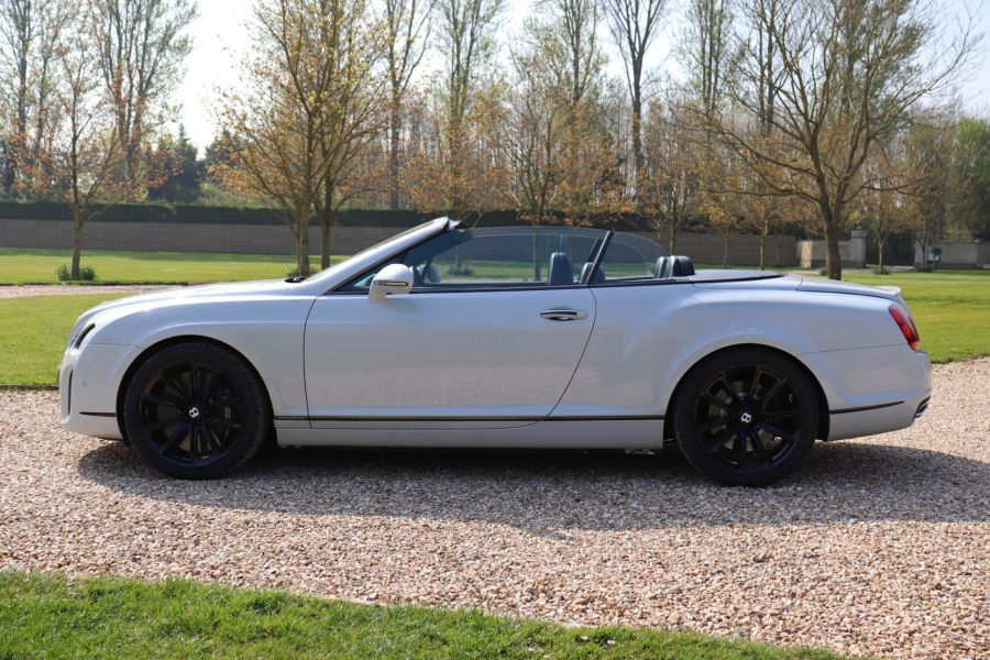 BENTLEY CONTINENTAL GTC SUPERSPORTS - 10504 - 8