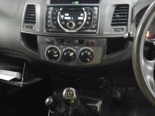 TOYOTA HI-LUX ACTIVE 4X4 D-4D SINGLE CAB - 6348 - 4