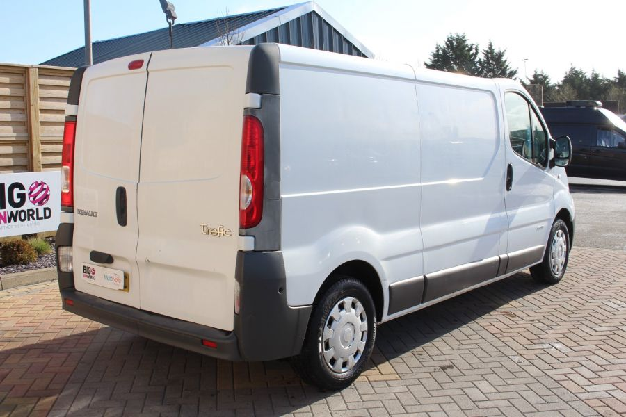RENAULT TRAFIC LL29 DCI 115 LWB LOW ROOF - 7644 - 5
