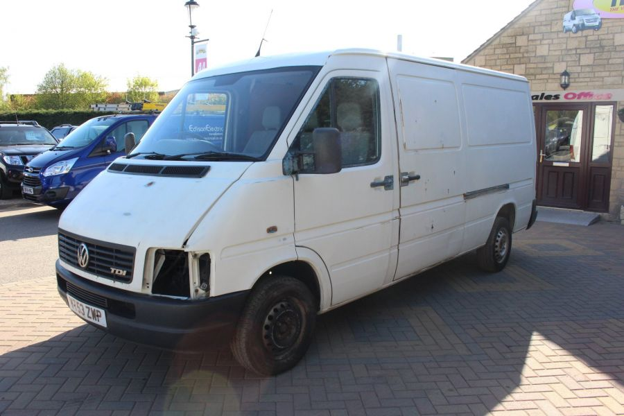 VOLKSWAGEN LT28  2.5TDI MWB LOW ROOF  - 1718 - 6