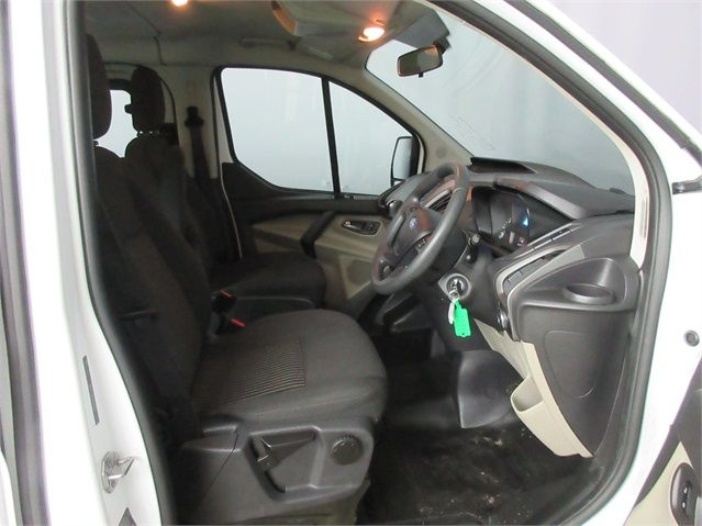 FORD TOURNEO CUSTOM 300 TDCI 100 L1 H1 8 SEAT MINIBUS SWB LOW ROOF FWD - 6983 - 9