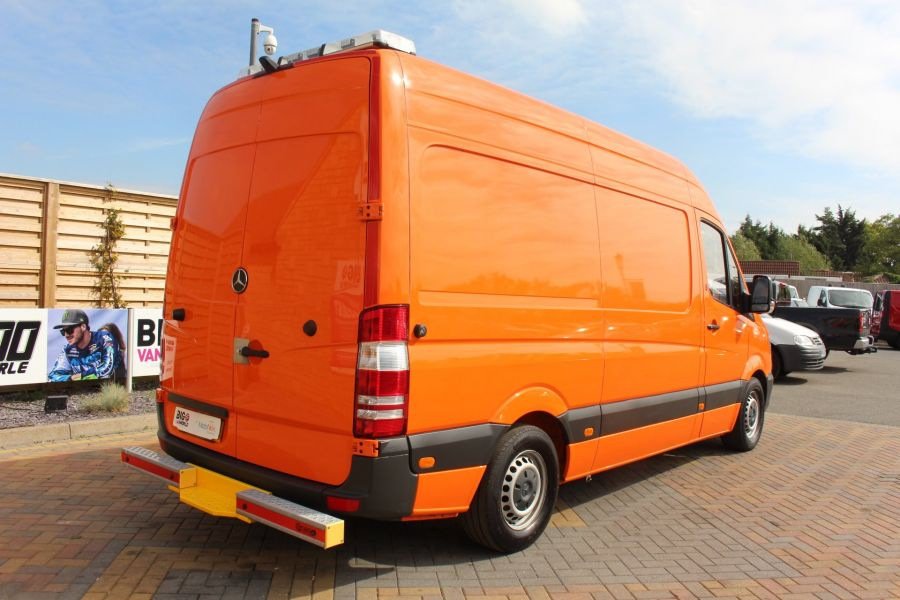 MERCEDES SPRINTER 313 CDI 129 MWB HIGH ROOF MOBILE TYRE FITTING - 8117 - 5