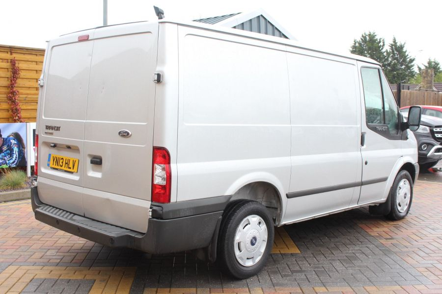 FORD TRANSIT 260 TDCI 100 TREND SWB LOW ROOF FWD - 7515 - 5