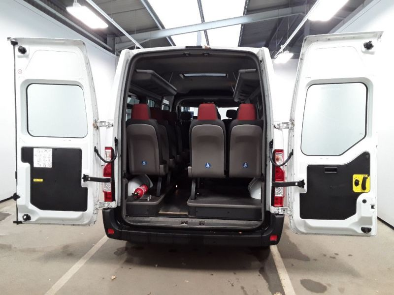 RENAULT MASTER LM39 DCI 150 BUSINESS LWB 17 SEAT BUS MEDIUM ROOF WITH OVERHEAD STORAGE - 11707 - 5