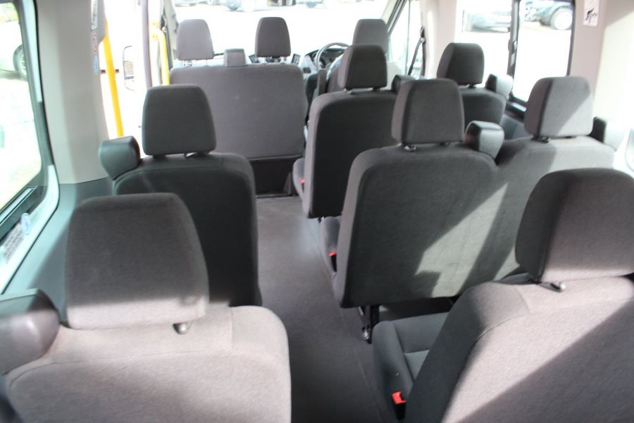 FORD TRANSIT 410 TDCI 125 L3 H2 15 SEAT BUS LWB MEDIUM ROOF - 6975 - 23