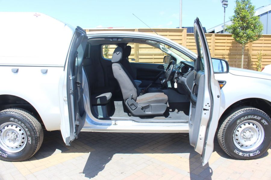FORD RANGER XL 4X4 TDCI 150 SUPER CAB WITH TRUCKMAN TOP - 6276 - 20