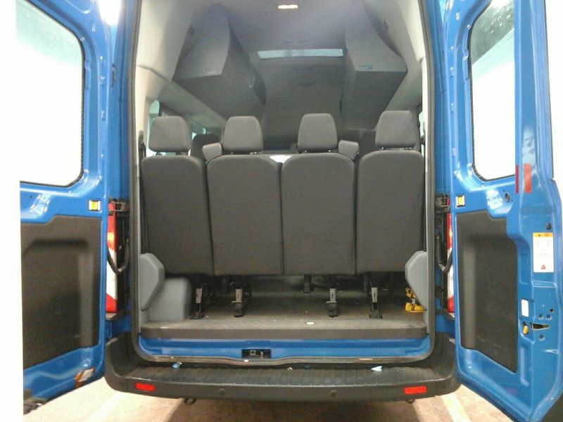 FORD TRANSIT 460 TDCI 125 L4 H3 TREND 17 SEAT BUS HIGH ROOF DRW RWD - 8680 - 4