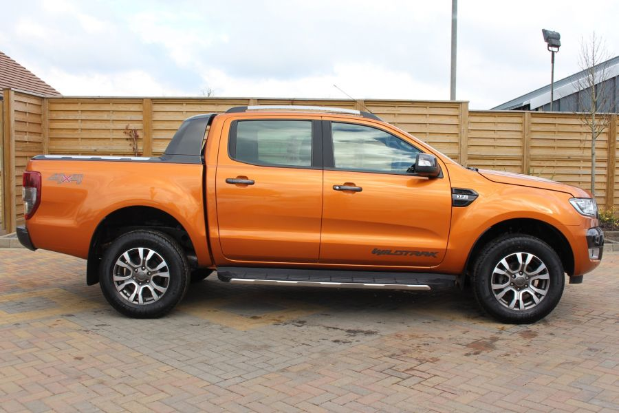 FORD RANGER WILDTRAK 4X4 TDCI 197 DOUBLE CAB - 7360 - 4