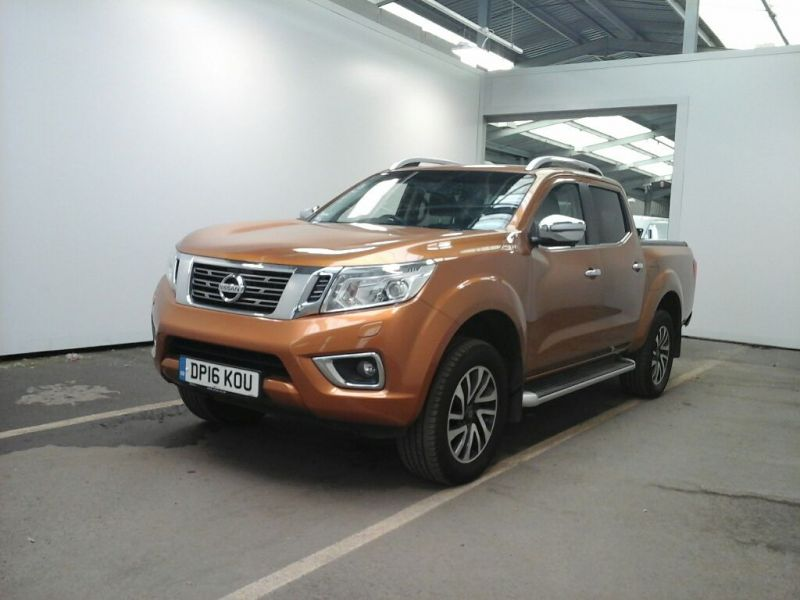 NISSAN NAVARA DCI 190 TEKNA 4X4 DOUBLE CAB WITH ROLL'N'LOCK TOP - 9931 - 1