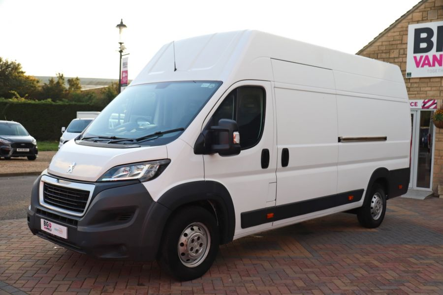 PEUGEOT BOXER 435 HDI 130 L4H3 HIGH ROOF - 9962 - 9