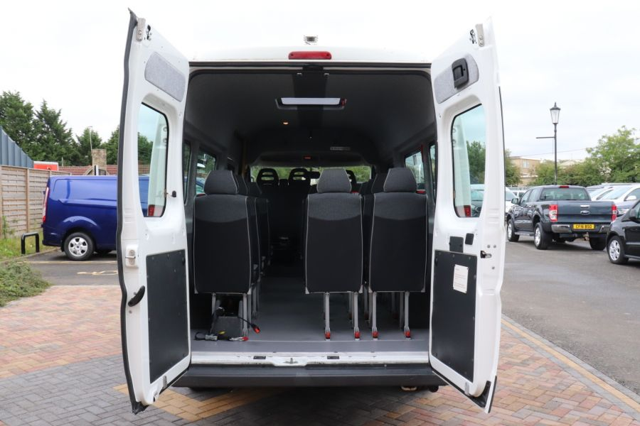 PEUGEOT BOXER 440 HDI 130 L4H2 17 SEAT BUS HIGH ROOF WITH WHEELCHAIR ACCESS - 9625 - 41