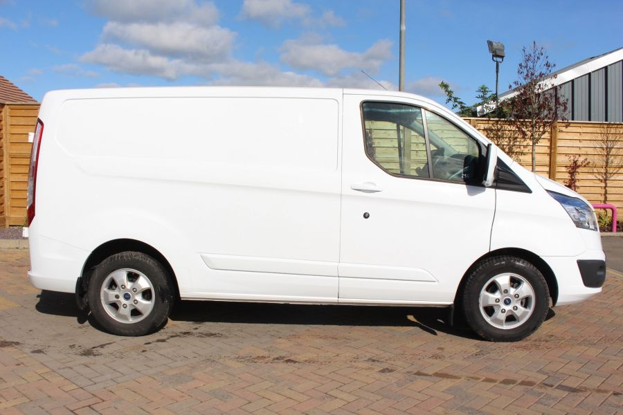 FORD TRANSIT CUSTOM 270 TDCI 125 L1 H1 LIMITED SWB LOW ROOF FWD - 6799 - 4