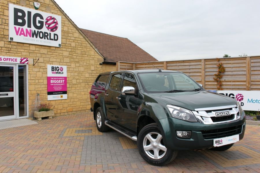 ISUZU D-MAX TD 163 YUKON VISION DOUBLE CAB WITH TRUCKMAN TOP - 9450 - 1