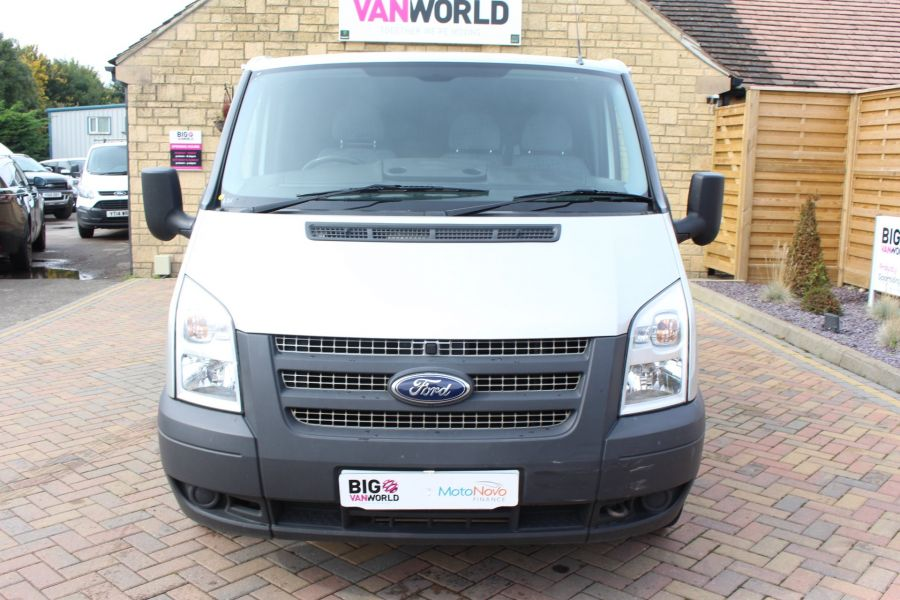 FORD TRANSIT 300 TDCI 100 SWB LOW ROOF FWD - 6733 - 9
