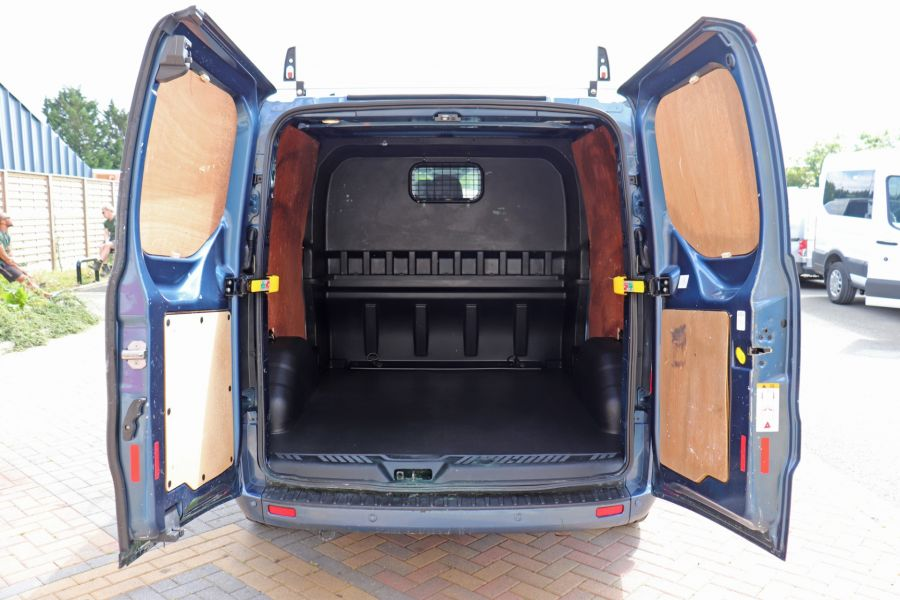 FORD TRANSIT CUSTOM 320 TDCI 130 L2 H1 LIMITED DOUBLE CAB 6 SEAT CREW VAN LWB LOW ROOF FWD - 9606 - 38