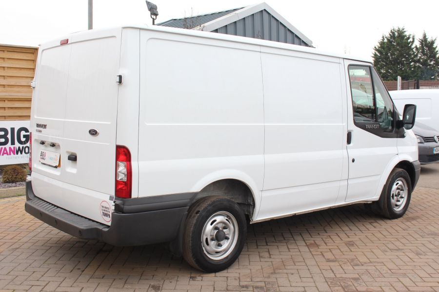 FORD TRANSIT 300 TDCI 100 SWB LOW ROOF FWD - 6939 - 5
