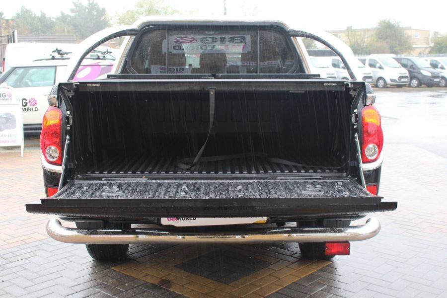 MITSUBISHI L200 DI-D 176 4X4 BARBARIAN BLACK LB SPECIAL EDITIONS DOUBLE CAB WITH ROLL'N'LOCK TOP - 6848 - 23