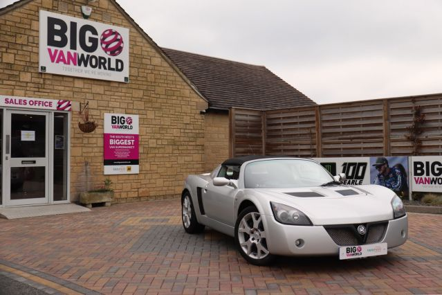Used VAUXHALL VX220 in Used Cars Swindon for sale