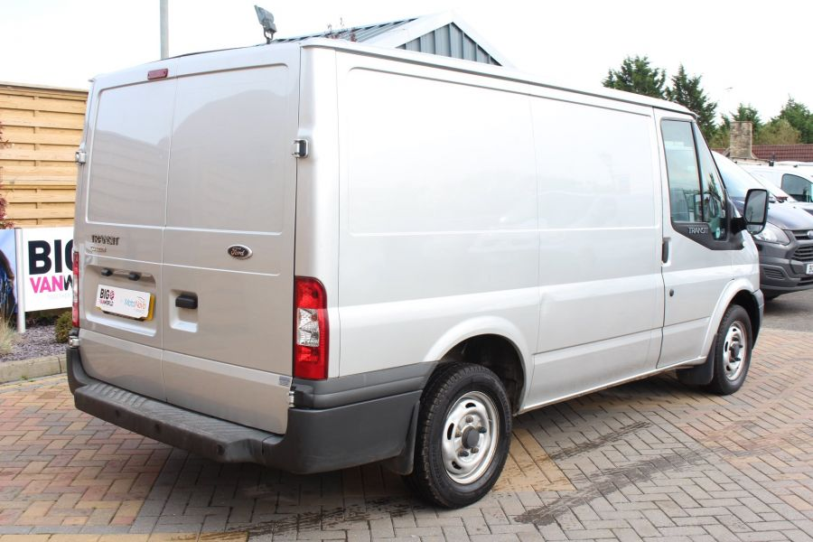 FORD TRANSIT 300 TDCI 100 SWB LOW ROOF FWD - 6733 - 5