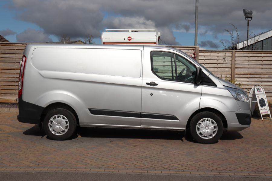 FORD TRANSIT CUSTOM 270 TDCI 125 L1H1 TREND SWB LOW ROOF - 10621 - 5