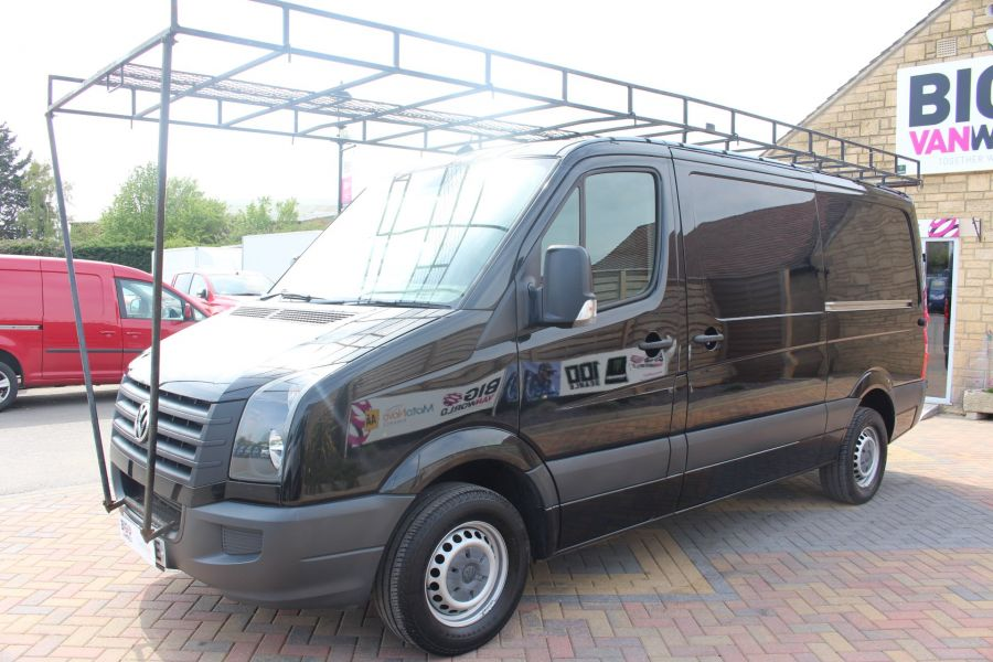 VOLKSWAGEN CRAFTER CR35 TDI 136 MWB STANDARD LOW ROOF - 9093 - 9