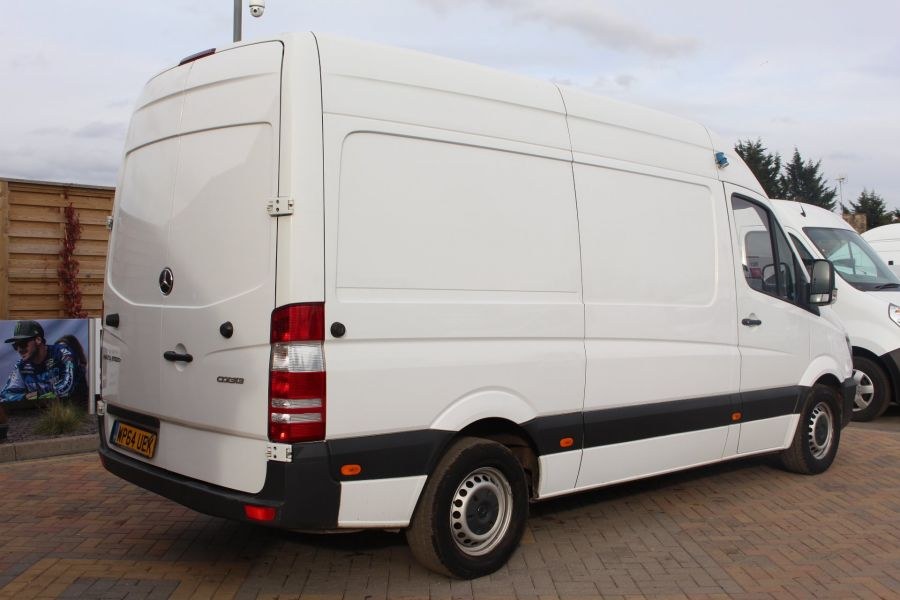 MERCEDES SPRINTER 313 CDI MWB HIGH ROOF FRIDGE / FREEZER VAN WITH OVERNIGHT - 7254 - 5