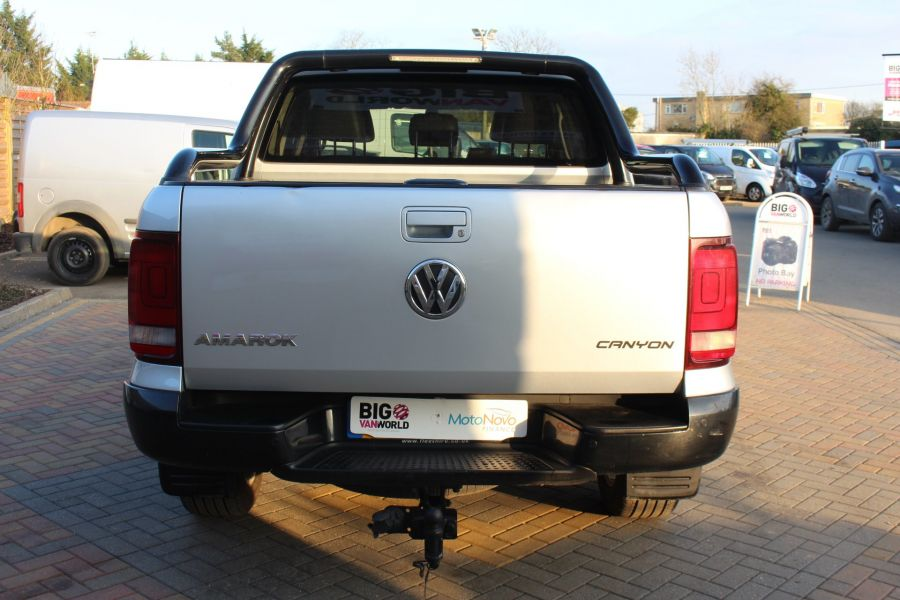 VOLKSWAGEN AMAROK TDI 180 CANYON 4MOTION DOUBLE CAB AUTO WITH ROLL'N'LOCK TOP - 7311 - 6