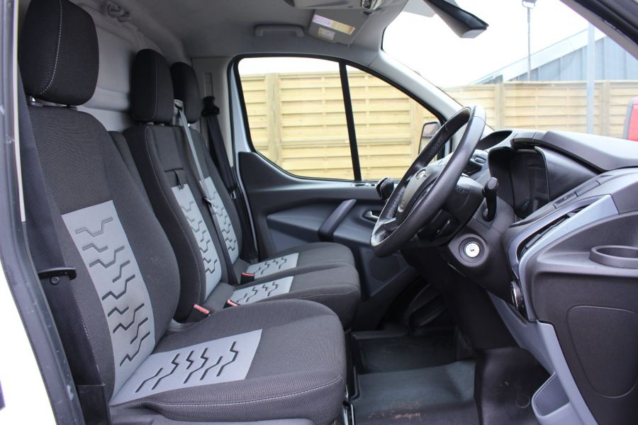 FORD TRANSIT CUSTOM 290 TDCI 125 LIMITED L2 H1 LWB LOW ROOF - 5574 - 9