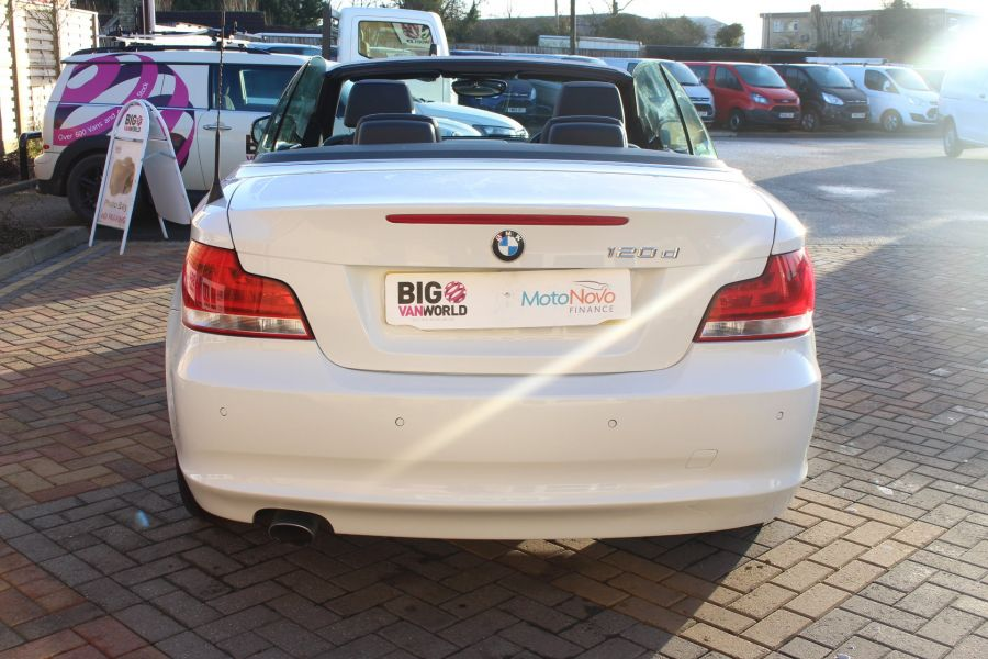 BMW 1 SERIES 120D EXCLUSIVE EDITION - 5886 - 15