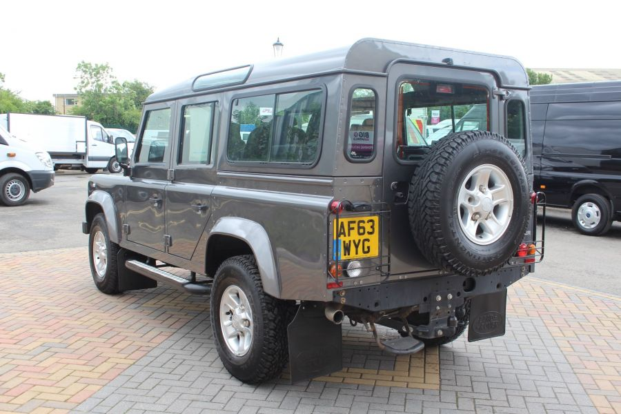 LAND ROVER DEFENDER 110 TD XS STATION WAGON 7 SEATER - 6197 - 7