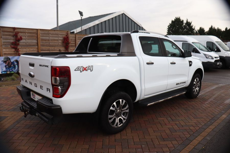 FORD RANGER WILDTRAK TDCI 200 4X4 DOUBLE CAB WITH ROLL'N'LOCK TOP - 8812 - 5